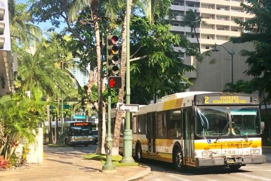 オアフ島の公共交通機関、The Busの乗り方