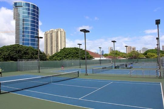 ハワイでテニスを楽しもう!