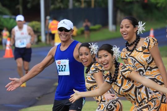 ハワイ諸島5+2大マラソンで、美しい島々のランニングを楽しもう!