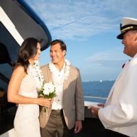 スターオブホノルル号でハワイの海に包まれる船上ウェディング&パーティを