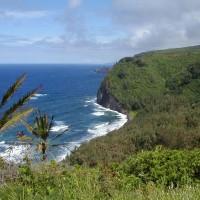 ハワイ島北の行き止まりはポロル渓谷