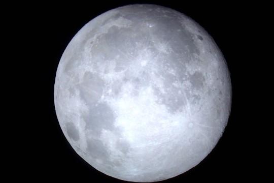 月を見に行こう
