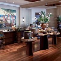 フォーシーズンズ リゾート ラナイで楽しむワン・フォーティーの朝食ビュッフェ